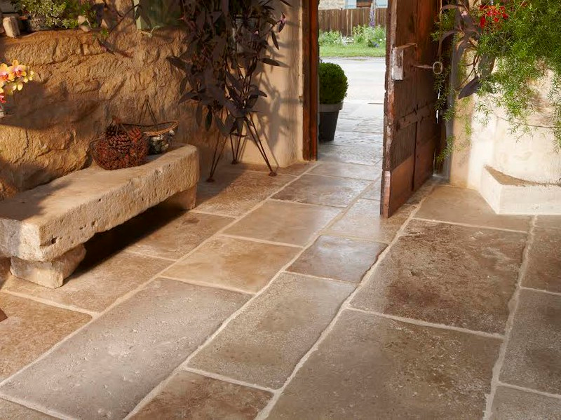 Dallage pierre pierre de bourgogne pierre naturelle for Passion carrelage saint maximin